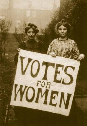 091Annie_Kenney_and_Christabel_Pankhurst